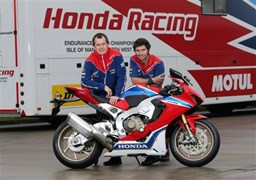 John McGuinness und Guy Martin im Honda Racing Dream-Team