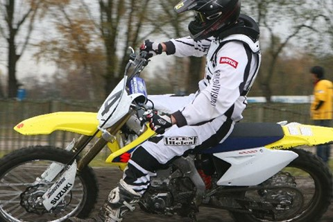 Suzuki RM-Z 450 Test