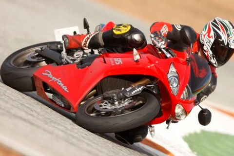 Triumph Daytona 675 09
