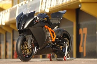 KTM RC8 R in der IDM