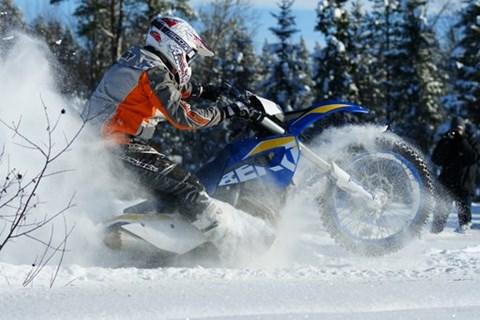 Enduro im Schnee