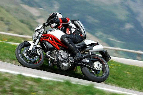 Ducati Monster 796 Test