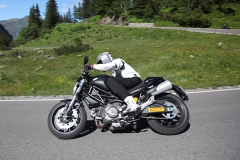 Ducati Monster 696 Test