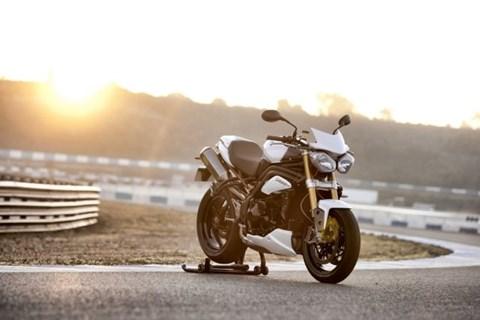 Triumph Speed Triple R Testbericht