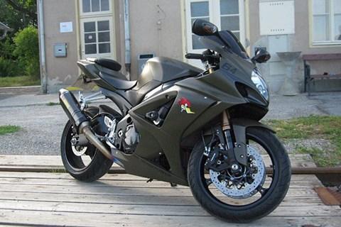 Suzuki GSX-R1000 Army