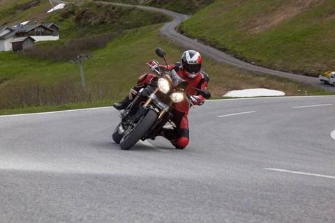Speed Triple am Berg!