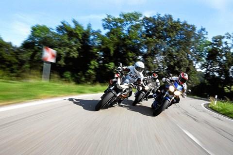 3 Nakedbikes mit Dampf