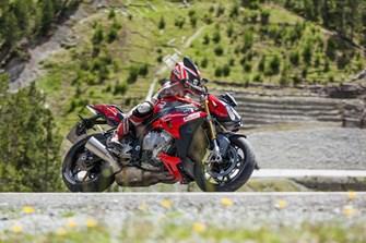 S1000R in den Alpen