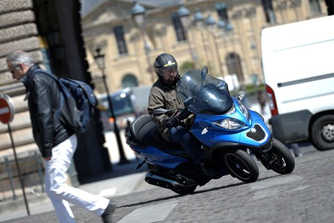 Piaggio MP3 500ie Test