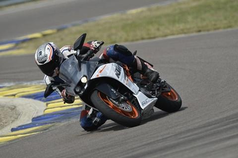 KTM RC390 Test