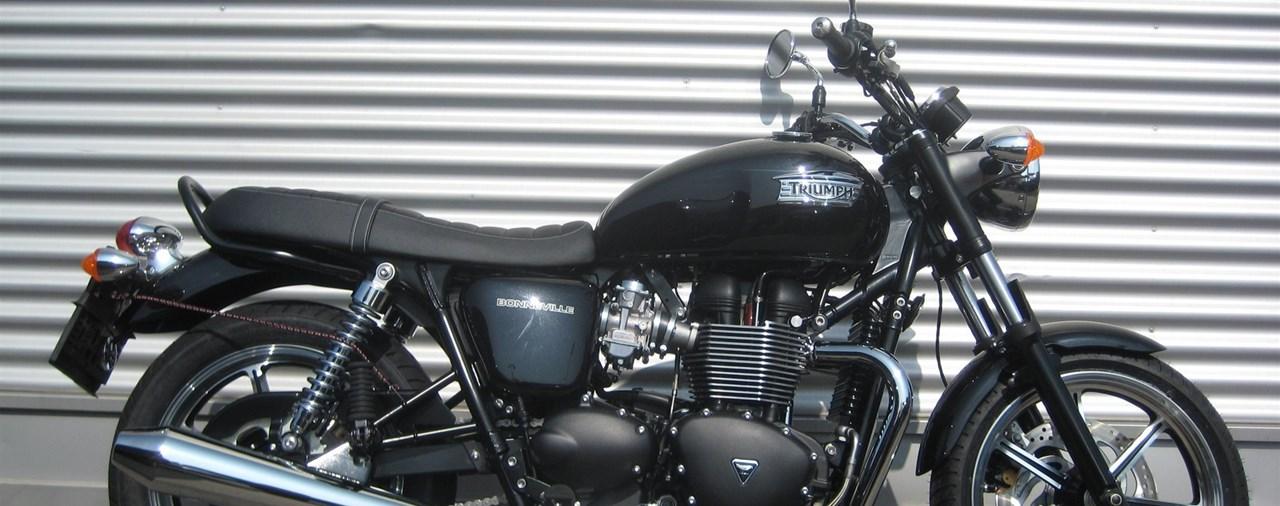 Triumph Classic Bonneville T100 Bonneville Se Thruxton Modellnews