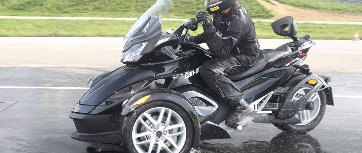 CAN AM Spyder Testride im Fahrtechnikzentrum Marchtrenk