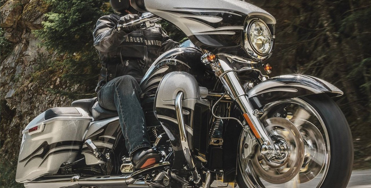 Harley-Davidson CVO Custombikes 2015