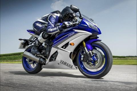 Yamaha YZF-R6 und YZF-R125 2015