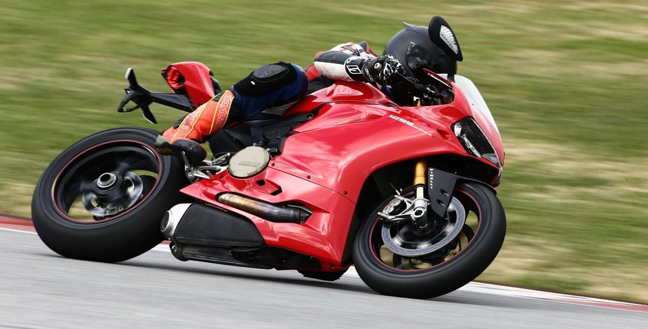 Ducati 1299 Panigale S Test