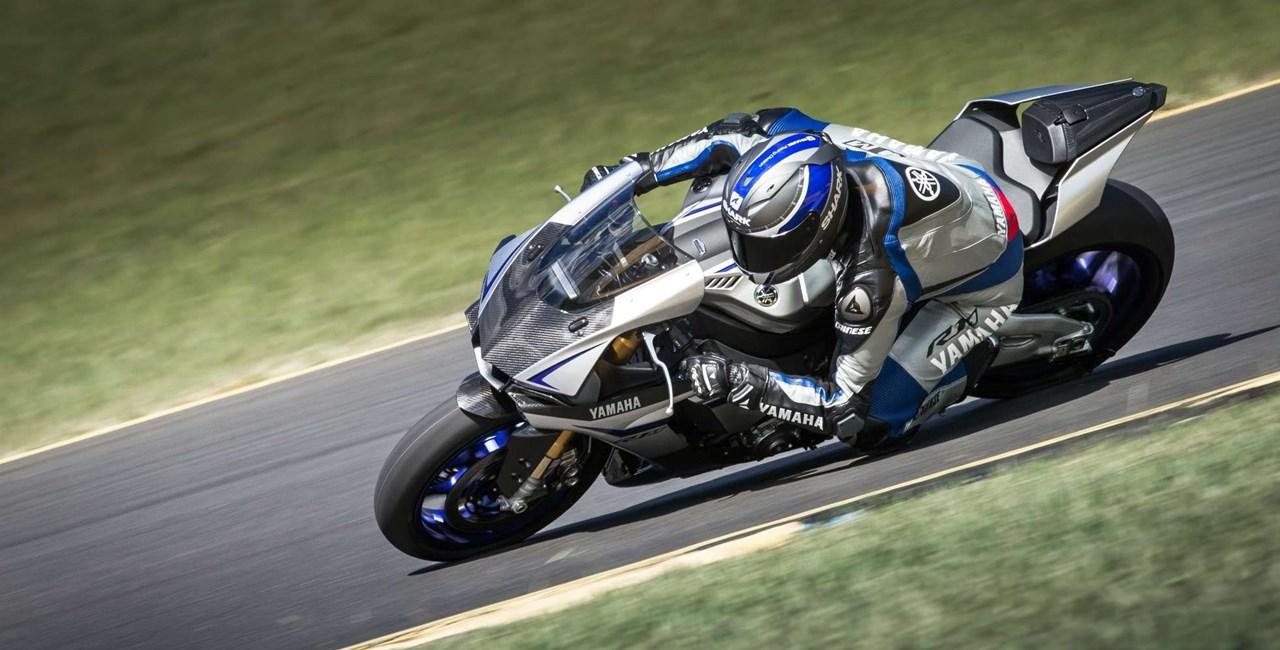 Dainese Leder für Yamaha R1M