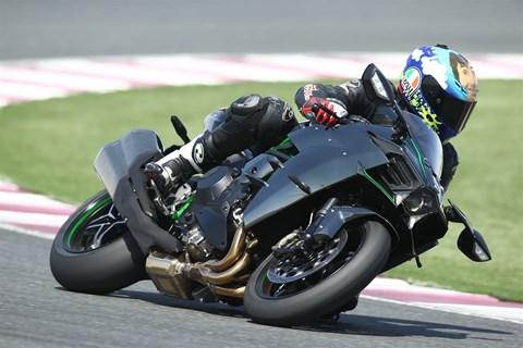 Kawasaki Ninja H2 Test