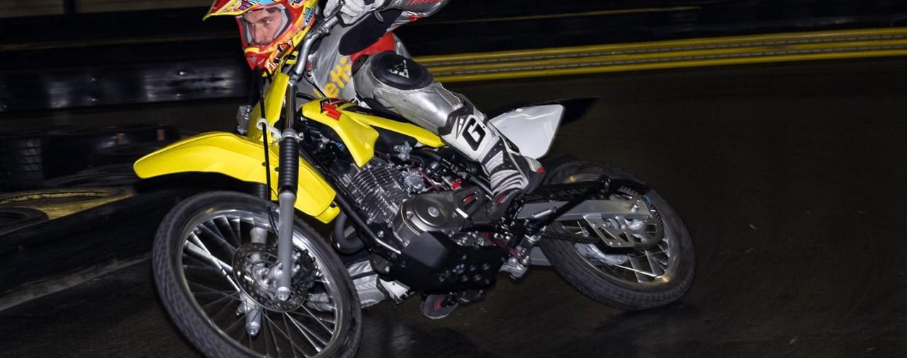 Motorrad-Hallentraining mit Roland Resch