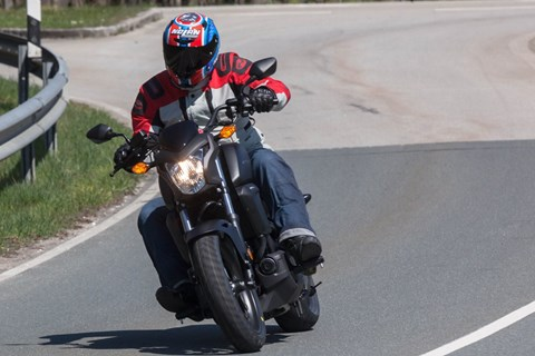Honda CTX700N Cruiser Test