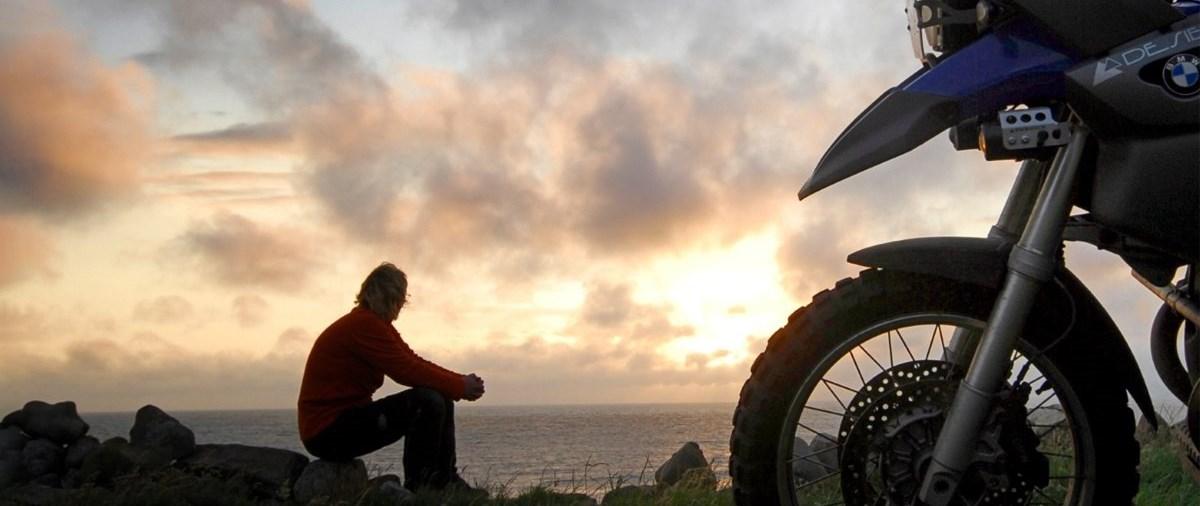 MotorradreifenDirekt.de befragt Europas Biker nach Reiseplänen