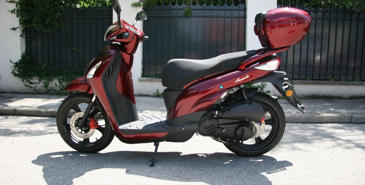 Tauris Avenida 125 Test
