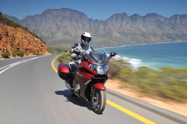 Wie wird man Motorrad Tester?