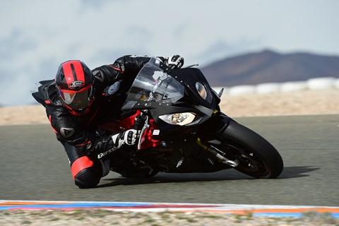 Metzeler Racetec RR Slick Test