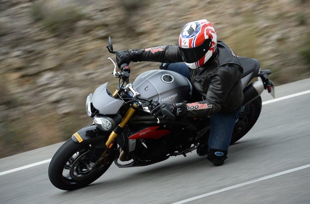 Triumph Speed Triple R mit Elektronik-Paket Test