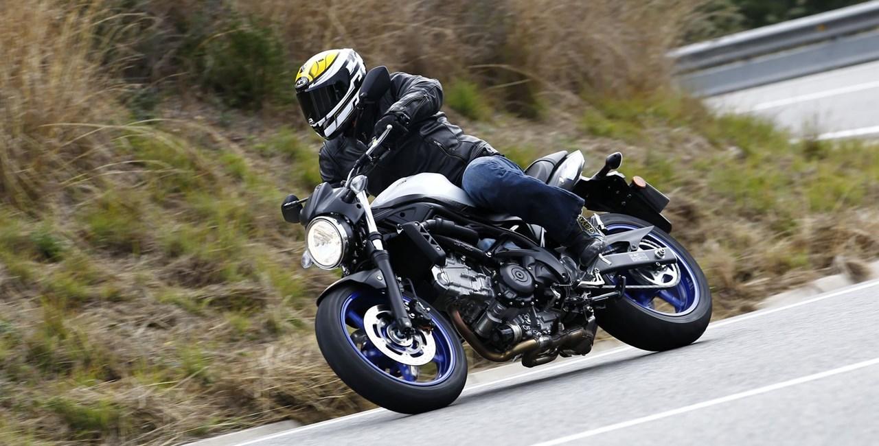 Suzuki SV650 2016 Test