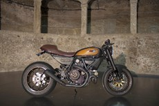 Ducati Racing Old School Scrambler RR