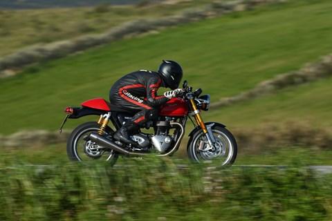 Triumph Thruxton R 2016 Test