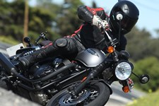 Triumph Bonneville T120 Black Test 2016