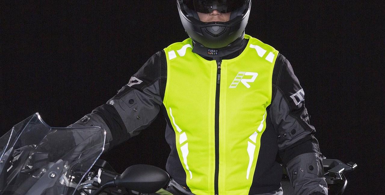 Warnwestenpflicht für Motorradfahrer ab 2018