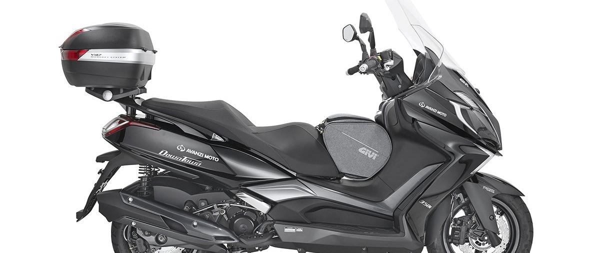 kymco downtown 350 bekommt neues zubeh r von givi motorrad news. Black Bedroom Furniture Sets. Home Design Ideas
