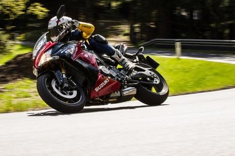 Motorrad-Quartett: Suzuki GSX-S1000F Test