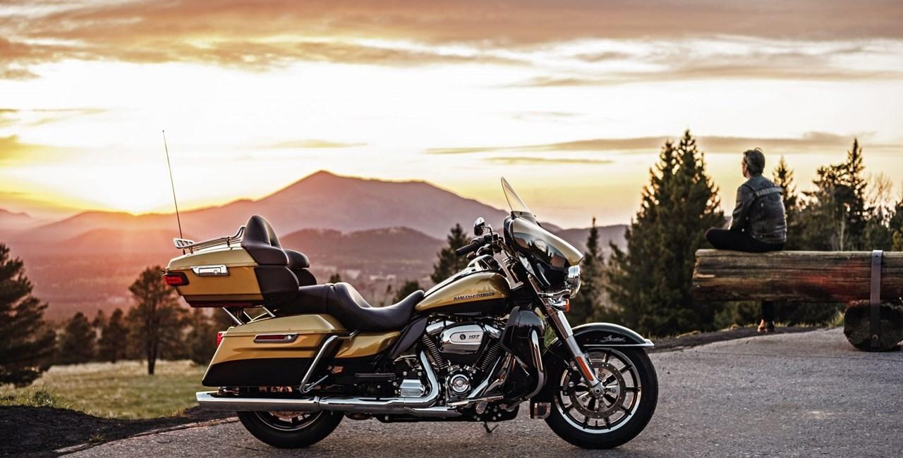 Harley Davidson Fahrwerk und Screamin' Eagle 2017