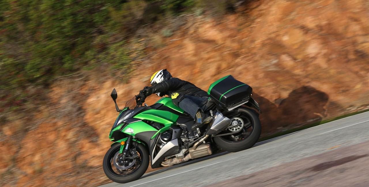 Kawasaki Z1000SX Test 2017 mit Bildergalerie und Video!
