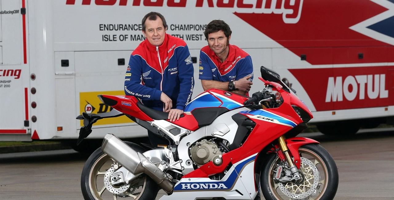 John McGuinness und Guy Martin im Honda Racing Dream-Team