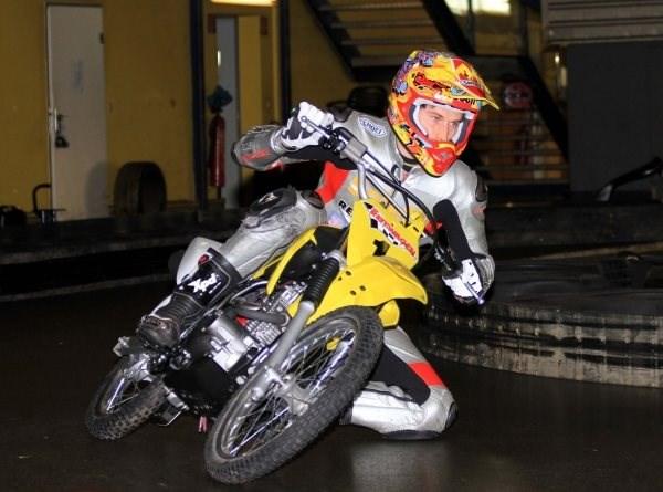 Indoor Motorradtraining mit Roland Resch