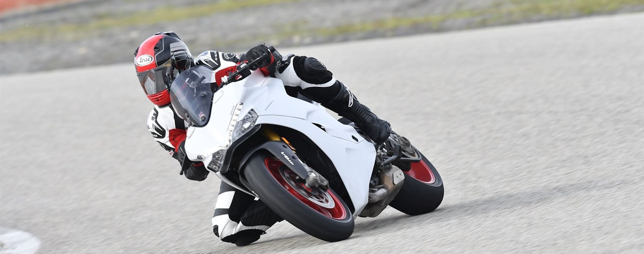 Ducati Supersport 2017 Test