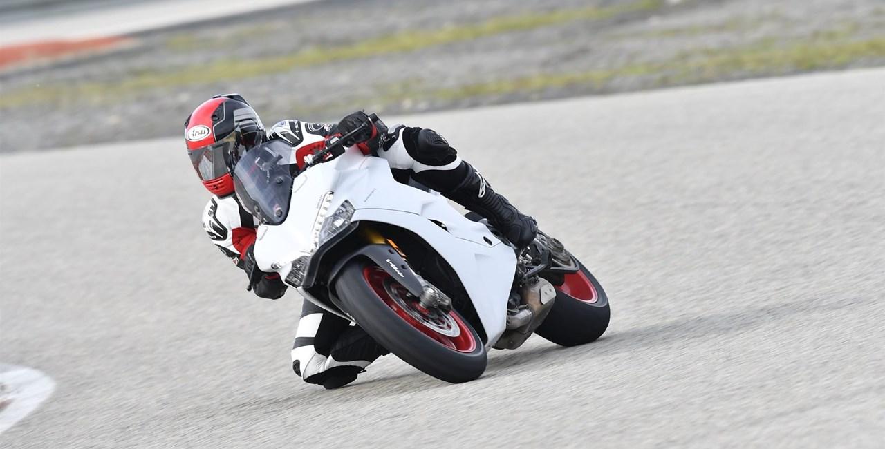 Ducati Supersport 2017 Test