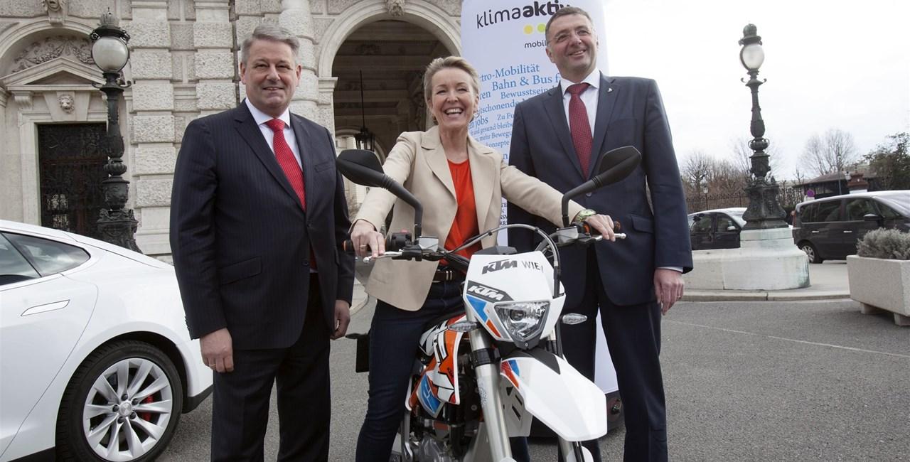 Arge 2Rad: Förderaktion für E-Zweiräder nimmt Fahrt auf