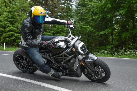 Ilmberger Carbon 2017 - Ducati XDiavel S