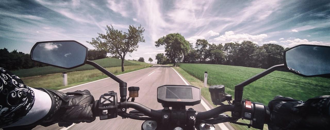 KTM 1290 SuperDuke R 2017 Test