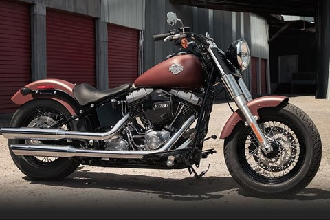 Harley-Davidson Softail Slim Red Iron Denim Test 2017