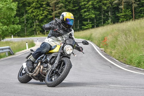 Ilmberger Carbon 2017 - Ducati Scrambler Icon