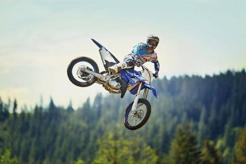Testet die neuesten Yamaha YZ - Kommt vorbei bei der MX Pro Tour!