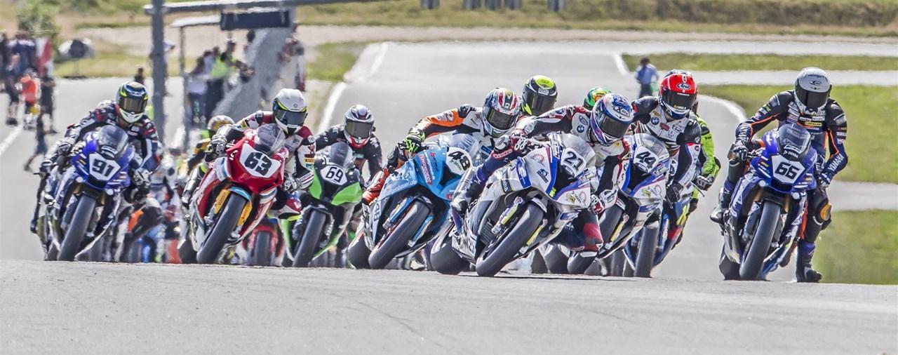 Pirelli Fahrer dominieren in der IDM 2017