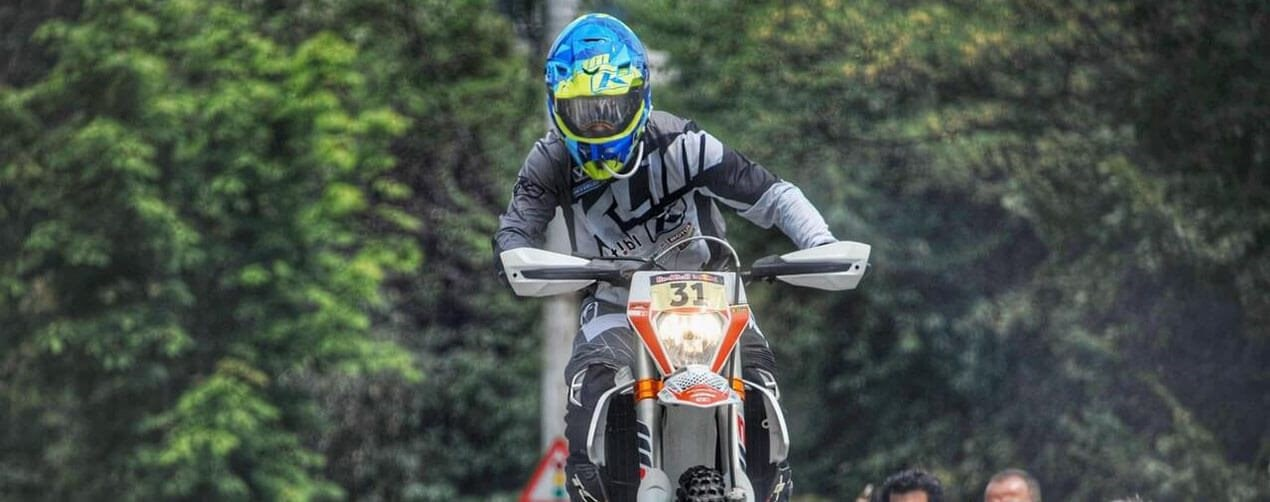 "Speed & Überwindung: Lars Enöckl bei der ""Red Bull Romaniacs"""