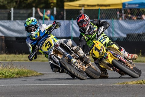 Saisonfinale der SuperMoto IDM am Harz-Ring